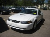 2002 Oxford White Ford Mustang V6 Coupe #10015549
