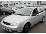 2005 CD Silver Metallic Ford Focus ZXW SE Wagon #10055048