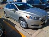 2015 Tectonic Silver Metallic Ford Fusion SE #101800192