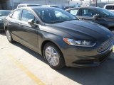 2015 Magnetic Metallic Ford Fusion SE #102189844