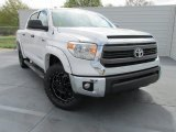 2015 Toyota Tundra SR5 CrewMax 4x4 Front 3/4 View