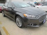 2015 Magnetic Metallic Ford Fusion SE #102692319
