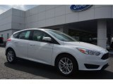 2015 Oxford White Ford Focus SE Hatchback #102845340