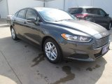 2015 Magnetic Metallic Ford Fusion SE #102884385