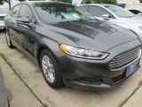 2015 Magnetic Metallic Ford Fusion SE #103185968
