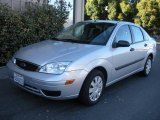 2005 CD Silver Metallic Ford Focus ZX4 S Sedan #1014910