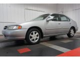 Nissan Altima 1999 Data, Info and Specs