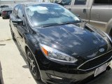 2015 Tuxedo Black Metallic Ford Focus SE Hatchback #105514363