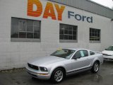 2005 Satin Silver Metallic Ford Mustang V6 Deluxe Coupe #10542901