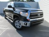 2015 Toyota Tundra SR5 CrewMax Front 3/4 View