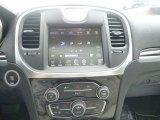 2015 Chrysler 300 C AWD Controls