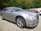 2015 Chrysler 300 C AWD Front 3/4 View