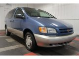 1998 Toyota Sienna LE Front 3/4 View