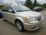 2016 Chrysler Town & Country Cashmere/Sandstone Pearl