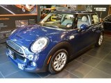 Mini Cooper Data, Info and Specs