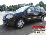 2016 Brilliant Black Crystal Pearl Chrysler Town & Country Limited #107268714