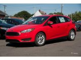 2015 Race Red Ford Focus SE Hatchback #107428725