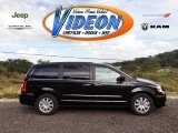 2016 Brilliant Black Crystal Pearl Chrysler Town & Country Touring #107503210