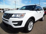 2016 Ford Explorer 4WD Front 3/4 View