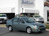 2004 Light Tundra Metallic Ford Focus ZTS Sedan #1075941
