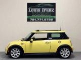 2005 Liquid Yellow Mini Cooper S Hardtop #109211056