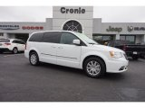 2016 Bright White Chrysler Town & Country Touring #109336308