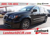 2016 Brilliant Black Crystal Pearl Chrysler Town & Country S #109386802