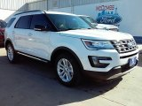 2016 Oxford White Ford Explorer XLT #109689134