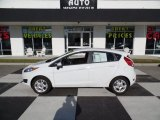 2015 Oxford White Ford Fiesta SE Hatchback #109797545