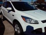 2016 Oxford White Ford Escape SE #110115522