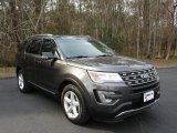 2016 Magnetic Metallic Ford Explorer XLT #110971237