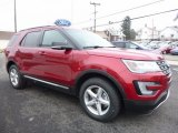 2016 Ford Explorer XLT 4WD Front 3/4 View