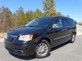 2015 Chrysler Town & Country Mocha Java Pearl