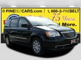 2016 Brilliant Black Crystal Pearl Chrysler Town & Country Touring #111738073