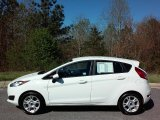 2015 Oxford White Ford Fiesta SE Hatchback #111927314