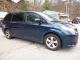 2012 South Pacific Pearl Toyota Sienna LE #112185000