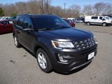 2016 Magnetic Metallic Ford Explorer XLT 4WD #112369541