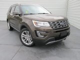 2016 Ford Explorer Limited Front 3/4 View