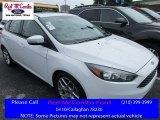 2015 Oxford White Ford Focus SE Hatchback #113094259