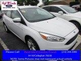 2015 Oxford White Ford Focus SE Hatchback #113260557