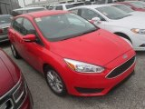 2015 Race Red Ford Focus SE Hatchback #113296074