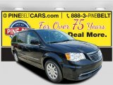 2016 Brilliant Black Crystal Pearl Chrysler Town & Country Touring #113525943