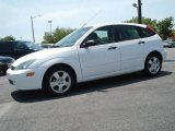 2004 Cloud 9 White Ford Focus ZX5 Hatchback #11350032