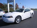 2002 Oxford White Ford Mustang V6 Coupe #1141308