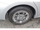 Toyota Prius v Wheels and Tires
