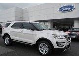 2017 White Platinum Ford Explorer XLT #115973606