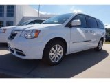 2016 Bright White Chrysler Town & Country Touring #116195647