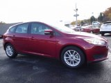 2015 Race Red Ford Focus SE Hatchback #116806043