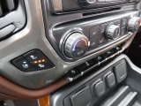 2017 Chevrolet Silverado 1500 High Country Crew Cab 4x4 Controls