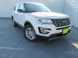 2017 White Platinum Ford Explorer XLT #116993121